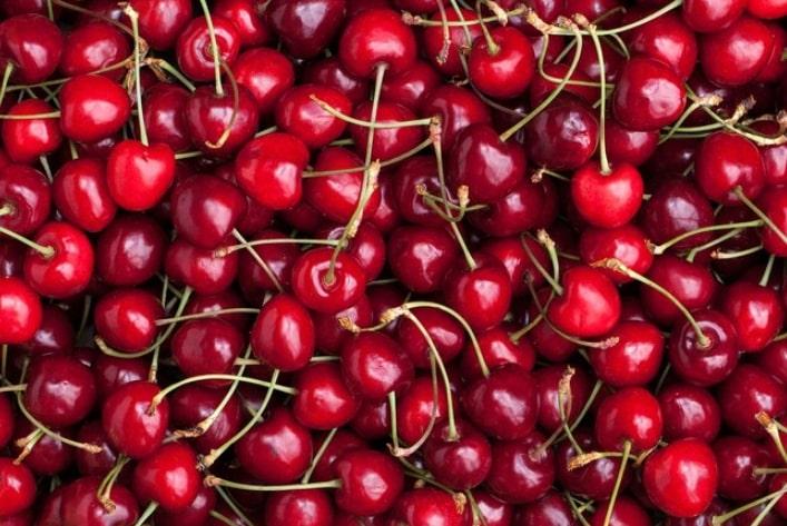 Juicy red cherries