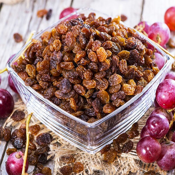 A picture of raisins in a bowl